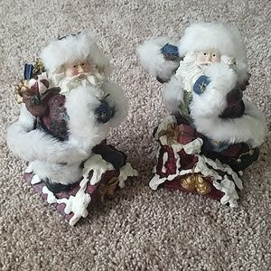 Christmas Santa figurines set